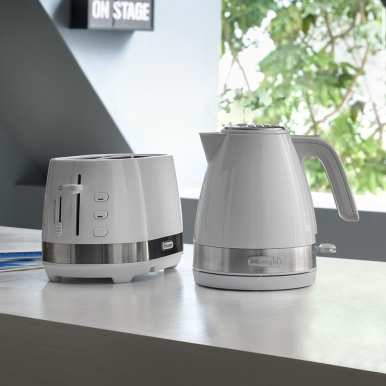DeLonghi Active Line White